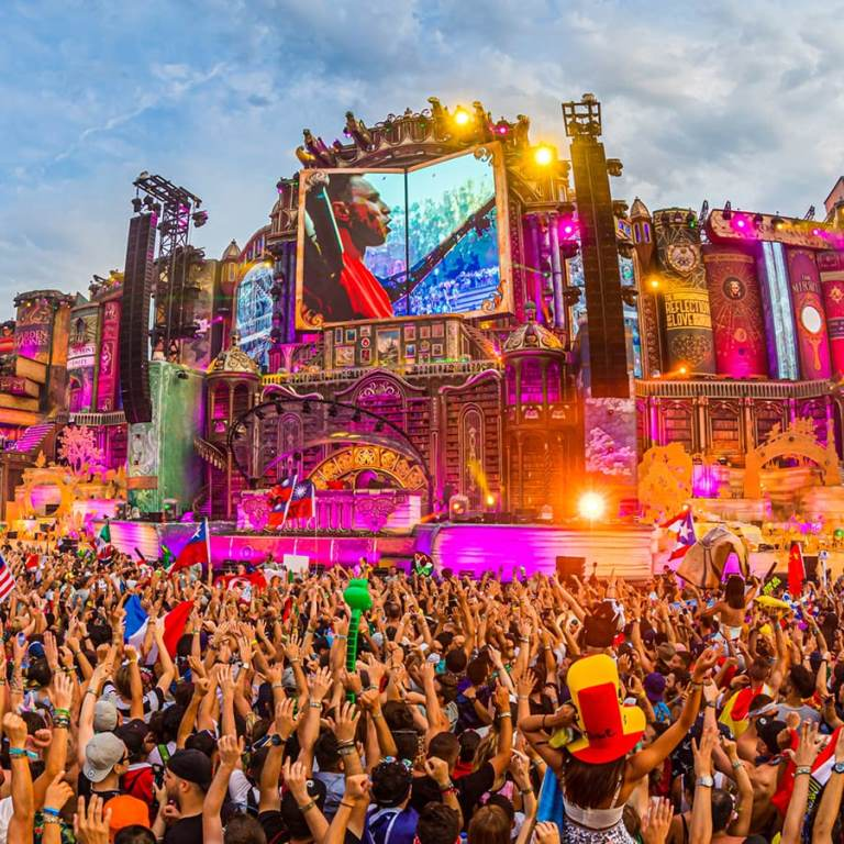 tomorrowlandd-